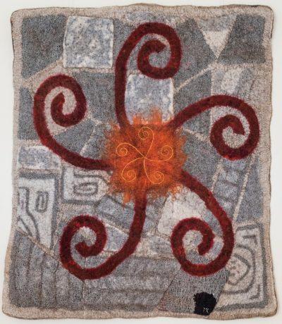 Sonnenrad. 2014 (Mechtildis Köder), ca. 80 x90 cm, Schafwolle, und diverse textile Materialien, handgefilzt, bestickt