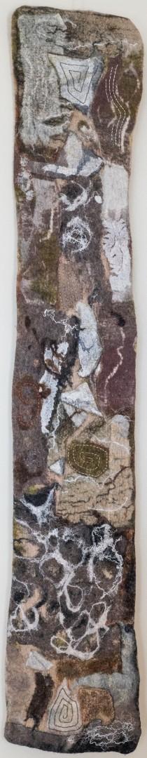 Afrika. (Mechtildis Köder), 2013, ca. 25 x 145 cm, Schafwolle, Wollstoff, Garne, handgefilzt, bestickt
