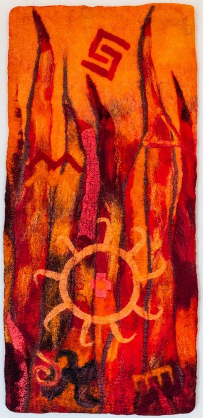 Das Feuer. (Mechtildis Köder), 2014, ca. 44 x 90 cm, Schafwolle, handgefilzt